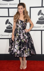 Grammys_Ariana
